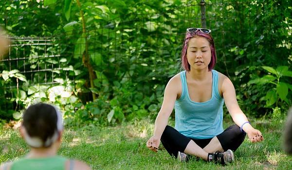 19 2016 picnic yoga04